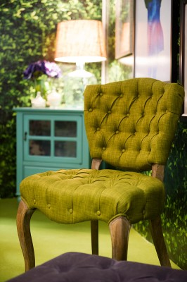 green-accent-chair-in-living-room