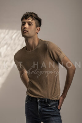 fashion-male-model-in-brown-t-shirt